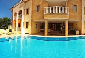 Dinara Hotel - Antalya Flughafentransfer