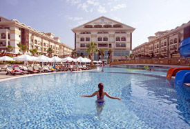 Crystal Palace Luxury Resort - Antalya Flughafentransfer